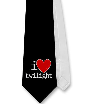http://novelnovicetwilight.files.wordpress.com/2008/11/heart-twilight-tie.jpg