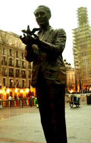 Lorca dali homosexual statistics